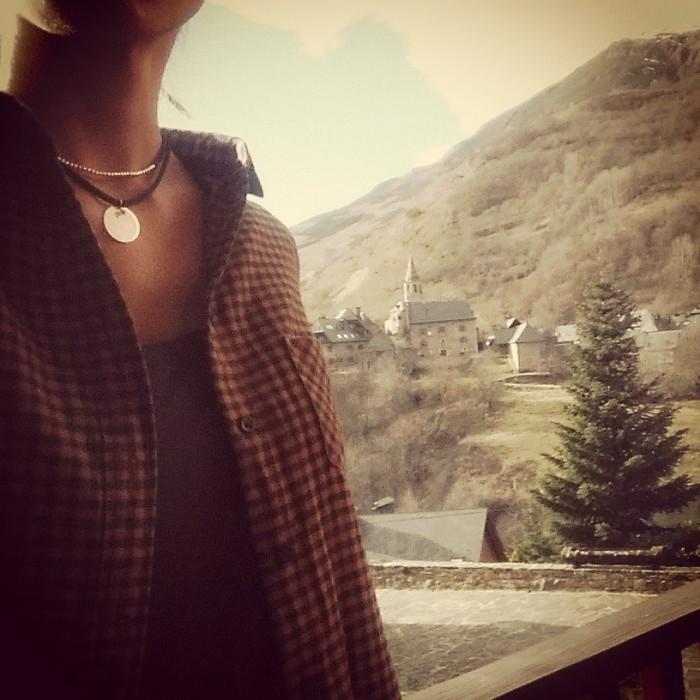 DALIA - Collar elástico con bolitas mini