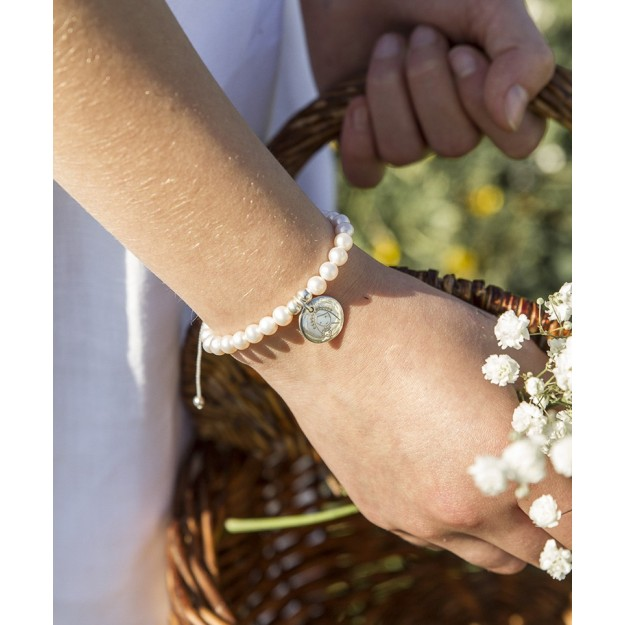 Pulsera de perlas con Medalla personalizable