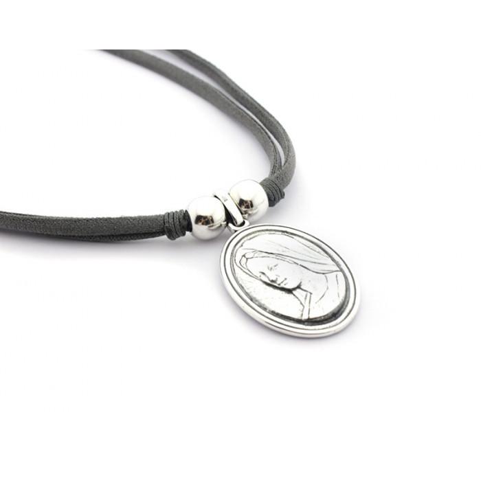 5e8b89e6552f Collar medalla Virgen de Medjugorje - De la Paz