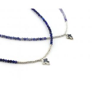 Collar piedrecitas azules y CRUZ pequeña de plata