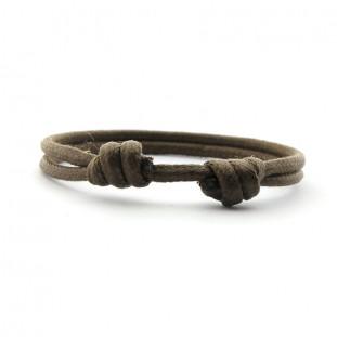 Pulsera cordón con nudos correderos