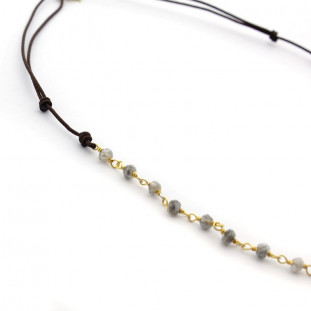 Collar piedras naturales con aro de plata bañada en oro