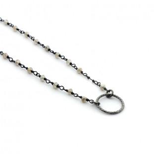 Collar piedras naturales con aro de plata negra