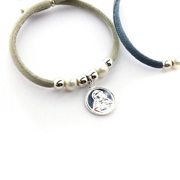 Pulsera escapulario con perlas y bolas de plata