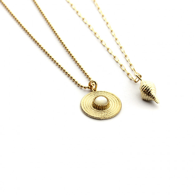 Collar Caracola con cadena dorada de 40cm